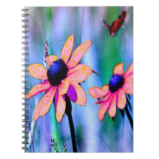 Melocotón y margarita rosada cuadernos
