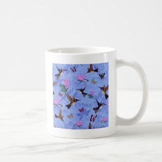Melodía del colibrí taza clásica