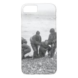 Members of an American landing_War image iPhone 8/7 Case