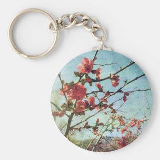 Membrillo floreciente llavero redondo tipo pin
