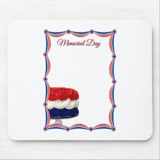 Memorial Day blanco y azul rojo de la torta del em Tapete De Ratón