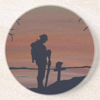 Memorial, Veternas Day, silhouette solider at grav Drink Coaster
