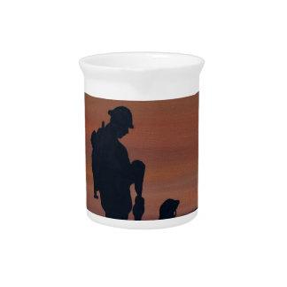 Memorial, Veternas Day, silhouette solider at grav Drink Pitcher