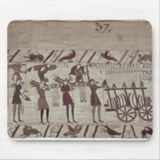 Men carrying arms to the ships and pulling a mouse pad