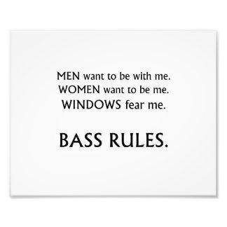 Men want me, women want, windows fear me black txt photo