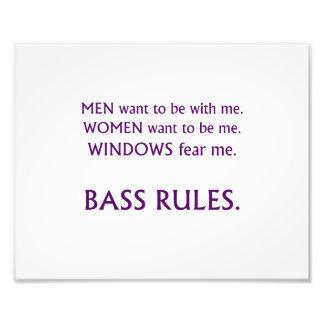 Men want me, women want, windows fear me purple photographic print