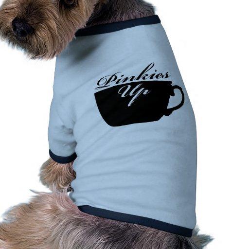 Meñiques encima de la ropa del mascota de la taza  camiseta con mangas para perro