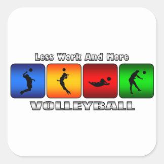 Menos trabajo y más voleibol pegatina cuadrada