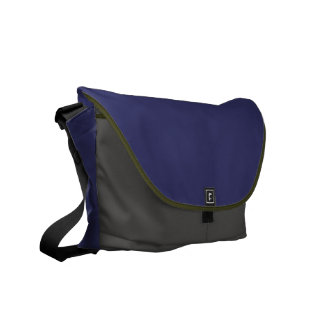 Men's bag rugged for travel or professional use.