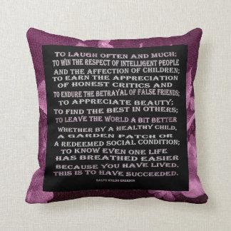 mensaje de éxito y floral caliente almohada