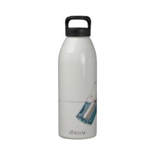 Mensaje en una botella botella de agua reutilizable