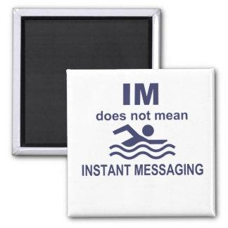 Mensajería inmediata para los nadadores imán cuadrado