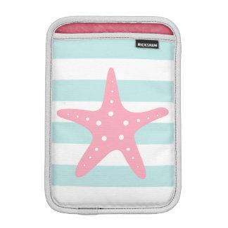 Menta blanca y estrellas de mar anchas rosadas del fundas iPad mini