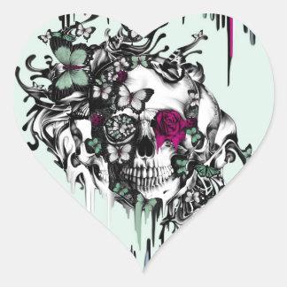 Menta perdida del alma y cráneo floral rosado pegatina en forma de corazón