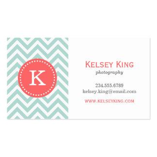Menta y monograma coralino del personalizado de tarjetas de negocios