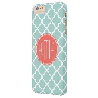 Menta y Quatrefoil coralino con el monograma de Funda De iPhone 6 Plus Barely There