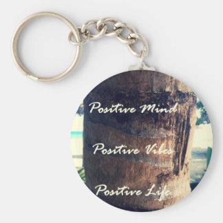 Mente positiva, ambiente positivo, vida positiva llavero redondo tipo pin