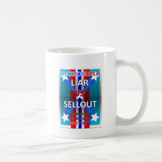Mentiroso contra lleno taza de café