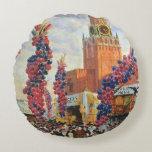 Mercado de Pascua en la Moscú el Kremlin, 1917 Cojín Redondo