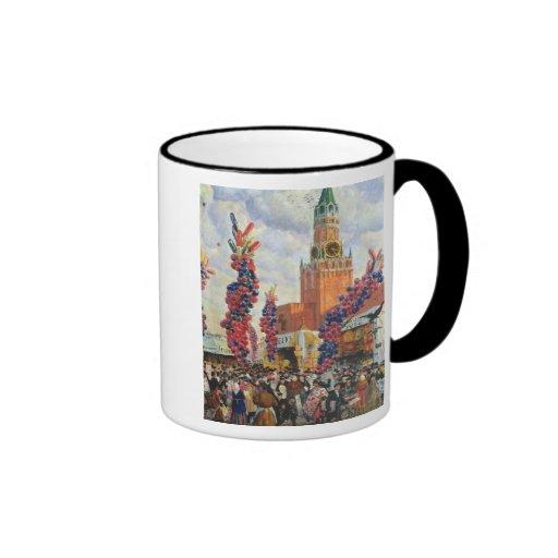 Mercado de Pascua en la Moscú el Kremlin, 1917 Taza De Dos Colores