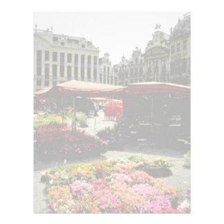 Mercado rosado de la flor en la plaza principal, B Plantilla De Membrete