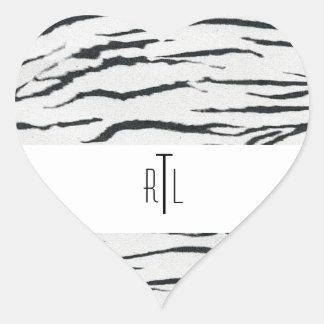 Mercancía de las iniciales del monograma del pegatina en forma de corazón