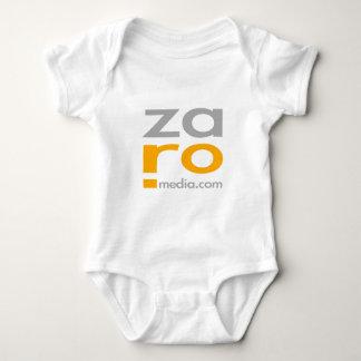 Mercancía del logotipo de ZARO en blanco Playera