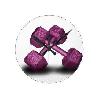 Mercancía rosada de las pesas de gimnasia relojes