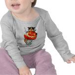 Mercat with pumpkin t-shirt
