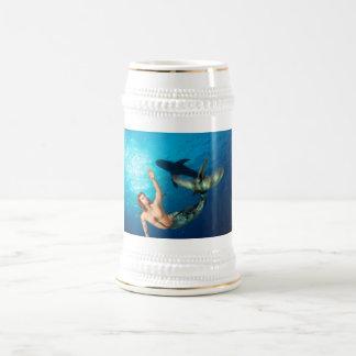 Merman con la cerveza Stein del tiburón Jarra De Cerveza
