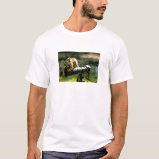 merry animal photo, small ape on telephoto, T-Shirt