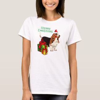 Merry Christmas Basset Hound With Presents Apparel T-Shirt