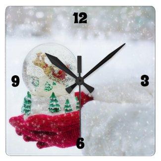 Merry Christmas & Santa Snow Globe
