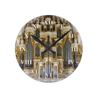 Merseburg pipe organ clock with roman numerals