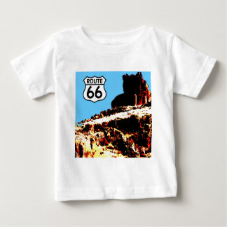 Mesa de la ruta 66 salvaje t shirts