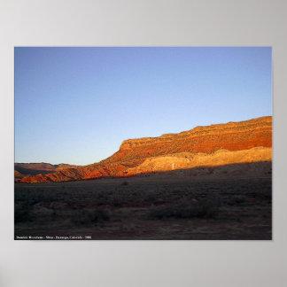 Mesa del desierto poster