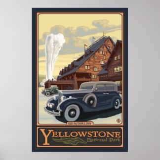 Mesón fiel viejo - parque nacional de Yellowstone Póster
