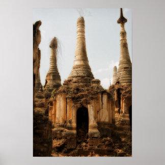 Mesón Thein Stupas de Shwe Póster