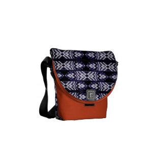 Messenger Bag (Feathers-b)