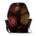 Messenger bag Giant Antique Flowers