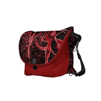 Messenger Bag Rose Hips in Red