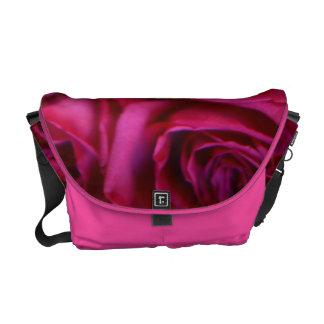 MESSENGER BAG  ROSES burgundy macro 1.jpg