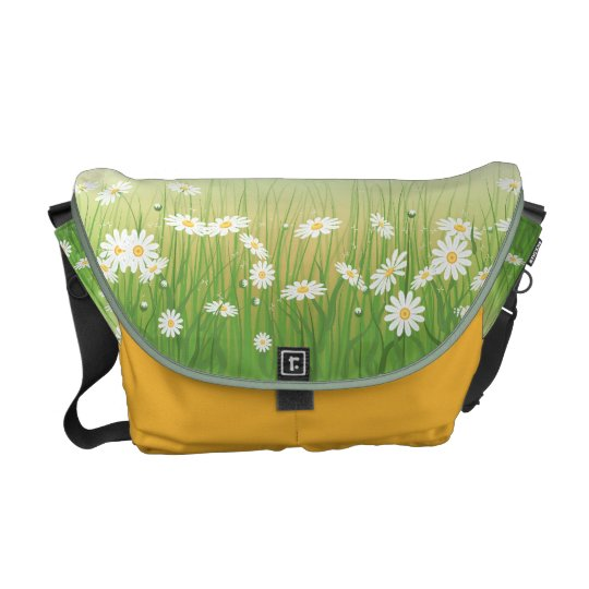 Messenger bag with chamomile lawn