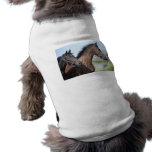Meta de la carrera de caballos camiseta sin mangas para perro