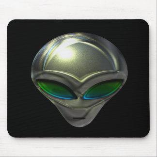 Metal Alien Head 02 Mousepad