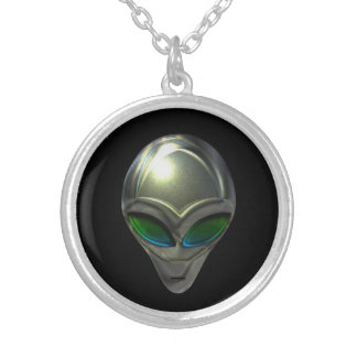 Metal Alien Head 02 Necklace