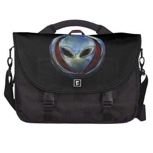 Metal Alien Head 03 Commuter Bags