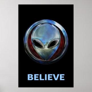 Metal Alien Head 03 Poster