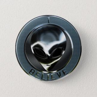 Metal Alien Head 05 Button