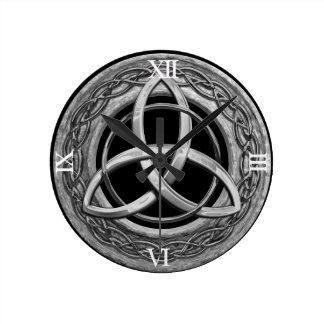 Metal Celtic Trinity Knot Round Clock